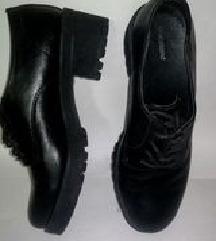 Lace Up Brouge cipele