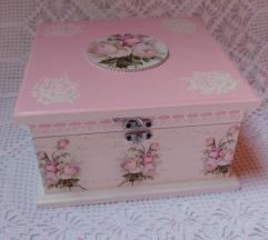 Kutija za nakit/kozmetiku i sl.