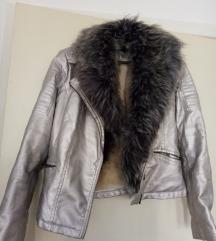 Kozna zimska jakna 40