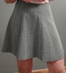 Bershka kratka suknja, kao nova S/M