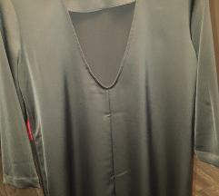 Crna svilena haljina atraktivnih leđa