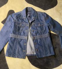 GAP nova jakna 36