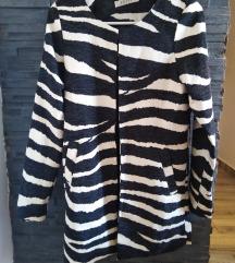 Zebra jaknica, blejzer