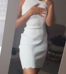 Bijela uska haljina