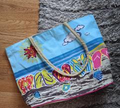 Prostrana torba za plažu