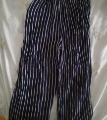 Prugaste pamučne hlače