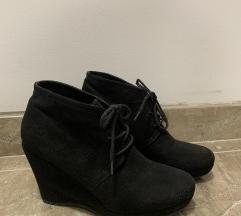 Niske cipelice s punom petom
