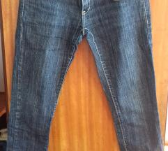 traperice damaged jeans