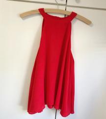 Crvena lepršava majica