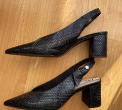 Zara sandale na petu br.40