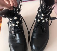 Zara cizme s biserima