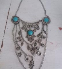 Ogrlica s plavim kamenom