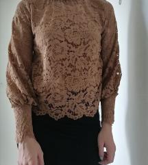 Smeđa čipkasta majica