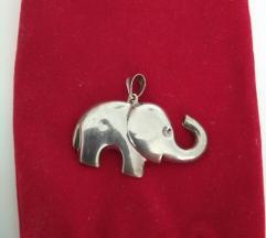 Privjesak srebro slon (pt u cijeni)