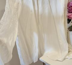 Zara čipkasta bijela bluza