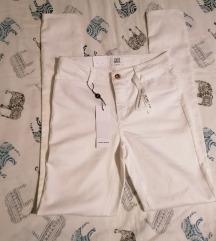 Nove hlače Vero moda