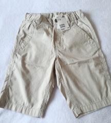 Nove kratke hlače vel.122