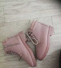 Čizme gležnjače roze 33
