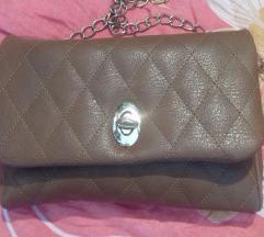 nova mala smeda torbica