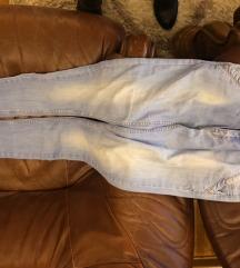 hlače - 2 kom