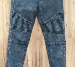 Kik jeans hlače-vel.M - 20 kn ili zamjena