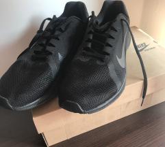 Nike running crne/footwear