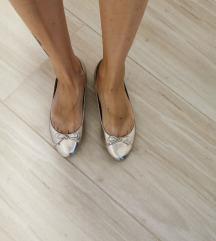 Zara zlatne balerinke
