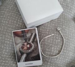 Pandora narukvica 19 cm