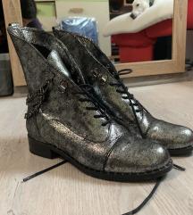 Lizard srebrne čizme 36