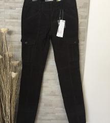 Nove Esprit hlače