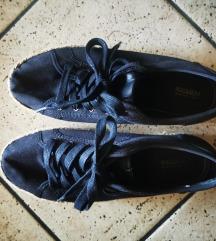 Ljetne platnene cipele