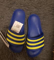 Adidas natikace NOVO