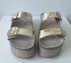 Le edo papuče
