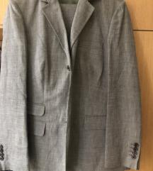 Hugo Boss žensko odijelo original SNIZENO
