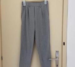 Bershka sive hlače
