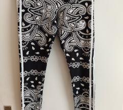 Adidas tajice