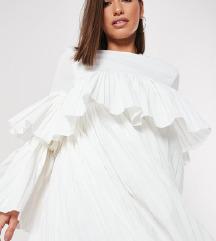 Nova i s etiketom MISSGUIDED haljina