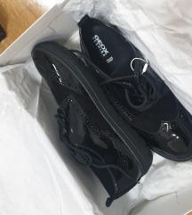PRODANO Nove Geox cipele 38