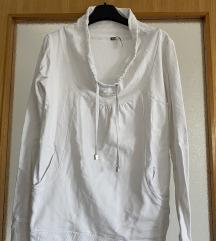 Bijela sportska majica
