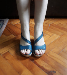 Sandale na punu petu br.36