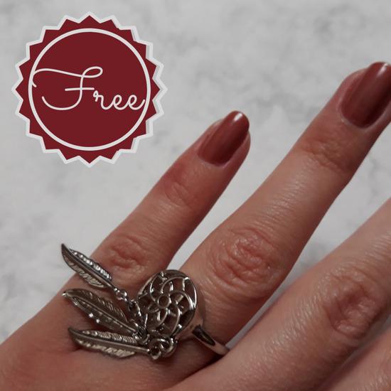 stradivarius prsten na poklon
