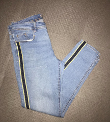 Zara skinny jeans traperice sa prugom
