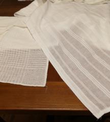 Dva bijela stolnjaka 90*80 i 150*180