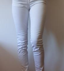 Bijele traperice