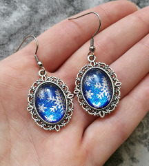Naušnice ''Blue/silver snowflakes'' (ručni rad)