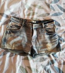 Zara kratke hlačice