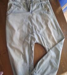 Baggy jeans, gotovo novo