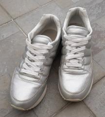 Zara srebrne tenisice PT GRATIS