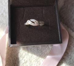 Zlatni prsten%%%420