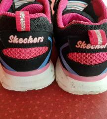 Skechers 32